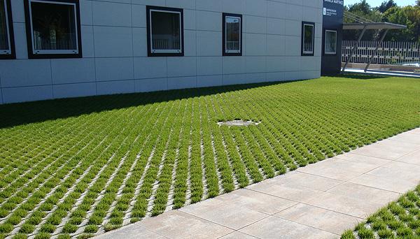 Losa cesped for Bordillos de hormigon para jardin